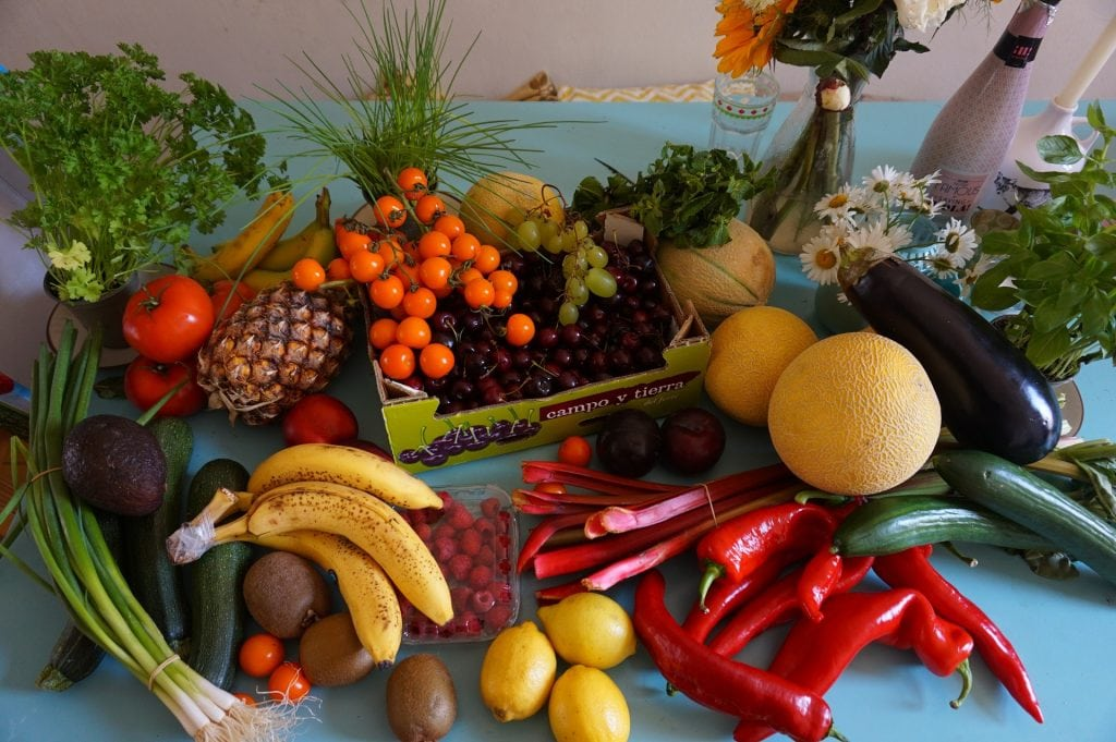 How to Eat Healthy - 7 Ways to Improve Your Eating Habits - eat the rainbow - fruits and veggies